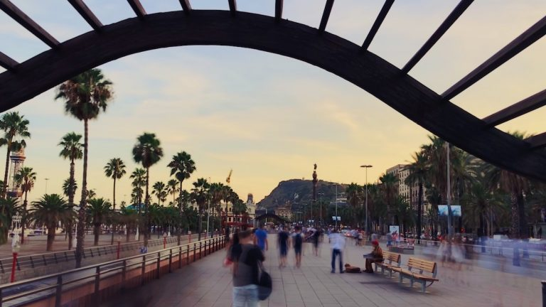 BARCELONA: 7 TIPS YOU NEED TO KNOW